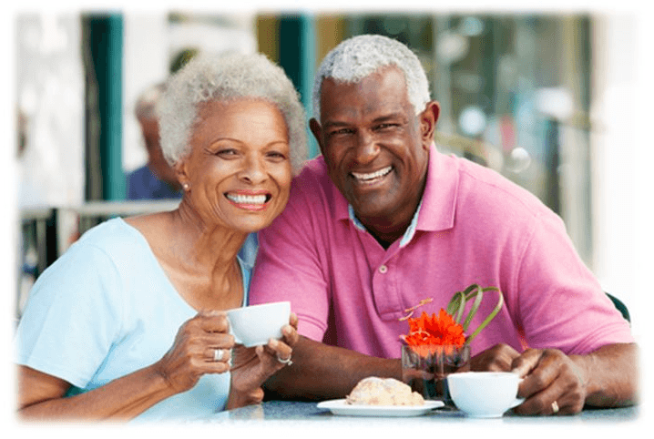 Smiling couple - Medicare Advantage